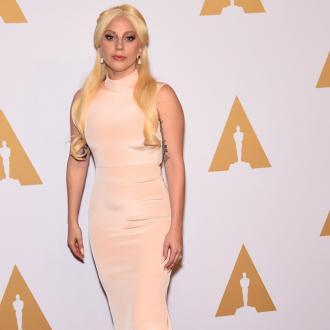 Lady Gaga romancing Jeremy Renner?