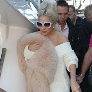 Lady Gaga Wins Alexander Mcqueen Dress At Auction