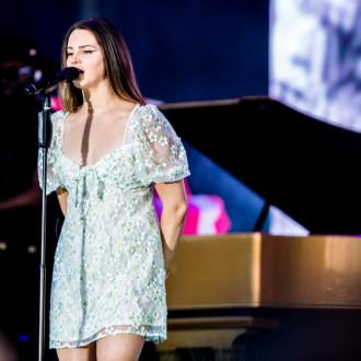 Lana vs Lorde: Music stars locked in melodies dispute