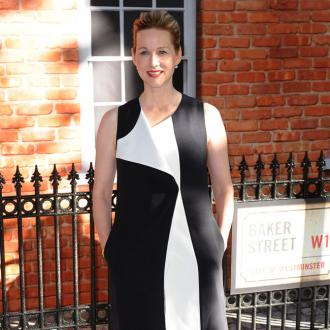 Laura Linney got sick after ex meeting
