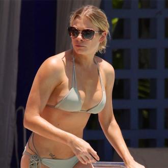 LeAnn Rimes owns '200' bikinis