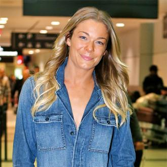 Leann Rimes Has Face Shave To Achieve 'Baby's' Butt' Softness