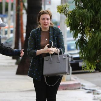 Lena Dunham has Brad Pitt's ring