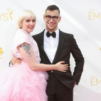 Lena Dunham Late To First Jack Antonoff Date