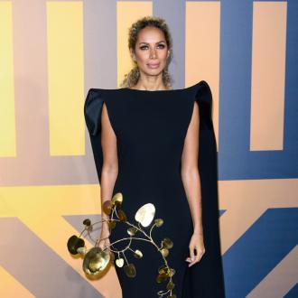 Leona Lewis throws hen party at cabaret show