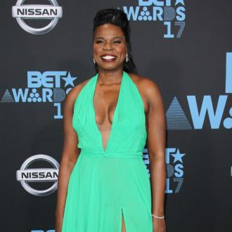 Leslie Jones mocks photo scandal