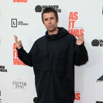 Liam Gallagher 'snorted his own skin'