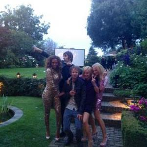 Liam Gallagher Parties With Spice Girls