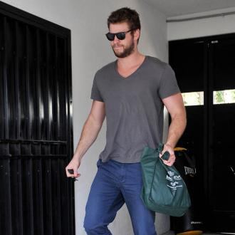 Liam Hemsworth Scared Of Twitter