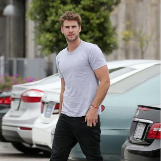 Liam Hemsworth is dating Maika Monroe