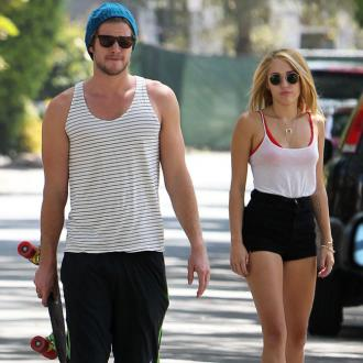 Liam Hemsworth Calls Off Engagement To Miley Cyrus