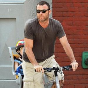 Liev Schreiber Joins Toni Colette In Mental
