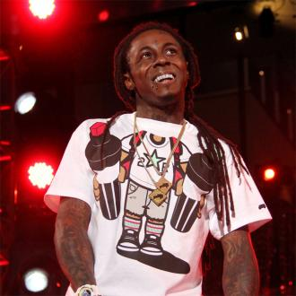 Lil Wayne Leaves Hospital