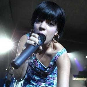 Lily Allen Gets Writer's Block