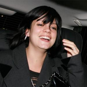 Lily Allen Smiling Over Pregnancy