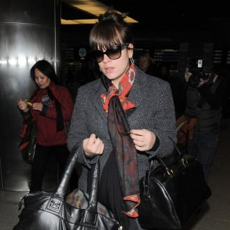 Lily Allen Embarrassed At Airport