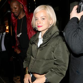 Lily Allen joins dating website