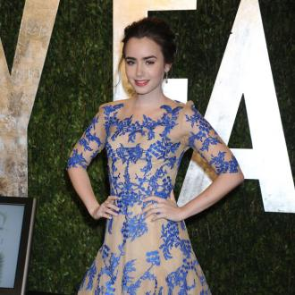 Lily Collins Forgets She's Famous