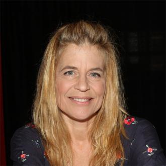 Linda Hamilton: I've Been Celibate For 15 Years