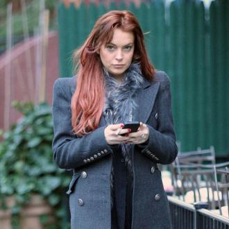 Lindsay Lohan Befriends Kristen Stewart