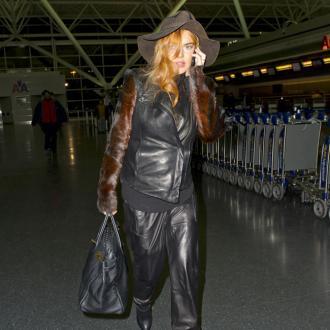 Lindsay Lohan Ditches Rehab