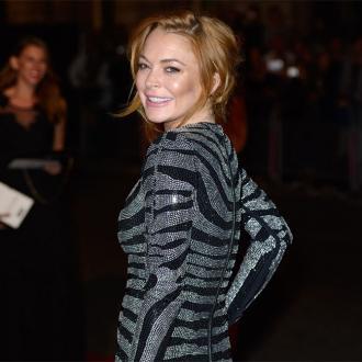 Lindsay Lohan Served In Cafe