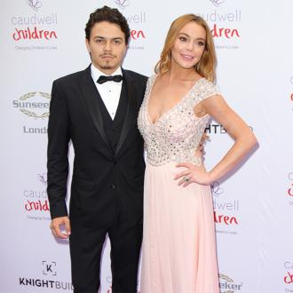 Lindsay Lohan accuses fiance of cheating