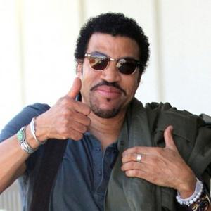 Lionel Richie Giving Dizzee Career Advice