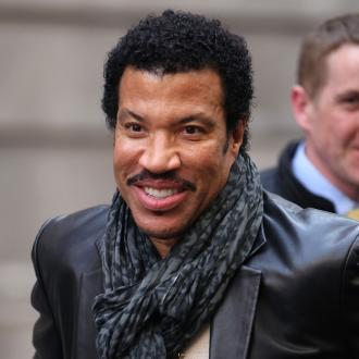 Lionel Richie Doesn't Need Help In The Bedroom