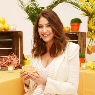 Lisa Snowdon Obsessed With Walking