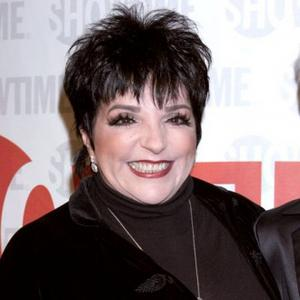 Liza Minnelli Traumatised By Knee Op