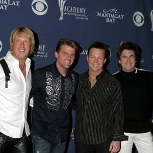 Lonestar Reunite With Lead Singer