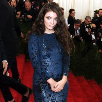 Lorde self-medicated after break up