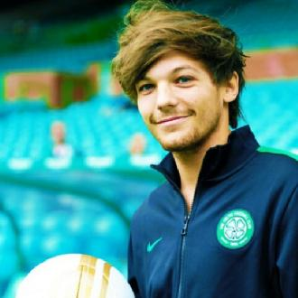 Louis Tomlinson Pulls Out Of Soccer Game Due To Injury