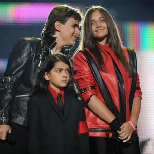 Michael Jackson's Estate Executors Seek Custody Of Kids