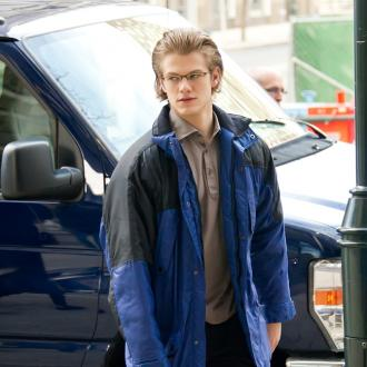 Lucas Till Learns To Relaxfestive Feed