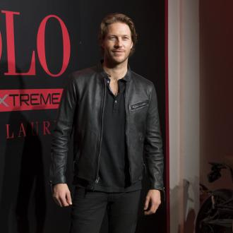 Luke Bracey Joins Cast Of Violet