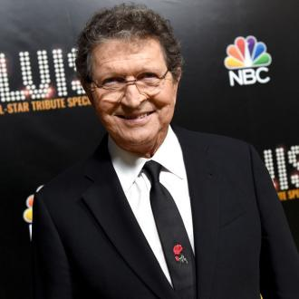 Country legend and Elvis Presley songwriter Mac Davis has died