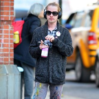 Macaulay Culkin treats girlfriend to romantic vacation