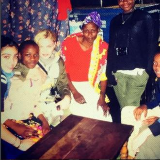 Madonna visits Kenyan slum