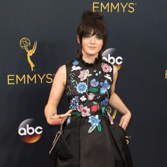 Lena Headey shocked by Maisie Williams' blue hair