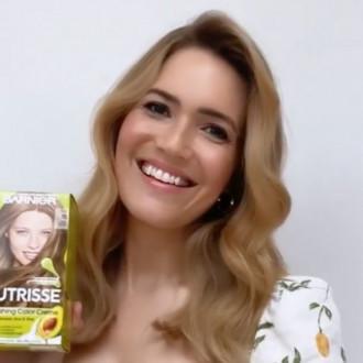 Mandy Moore dyes hair blonde