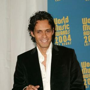 Marc Anthony Sill Loves Jennifer Lopez