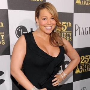 Mariah Carey's Onstage Tumble