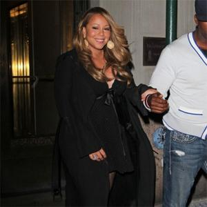 Mariah Carey Gets Chauffeured To Shower