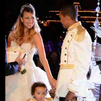 Mariah Carey And Nick Cannon Re-enact Wedding