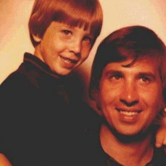 Marilyn Manson's father has died