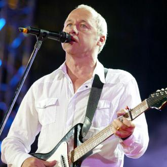 Mark Knopfler Duets With Guitar Hero Hank Marvin