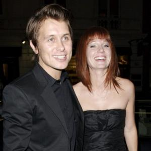 Mark Owen Back With Wife For Good