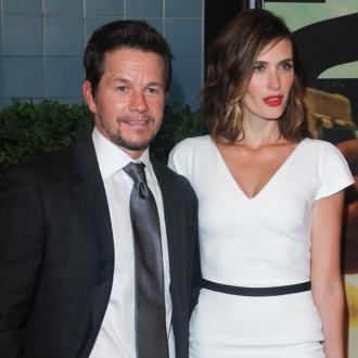Mark Wahlberg Makes His Wife Vomit With Work Outs